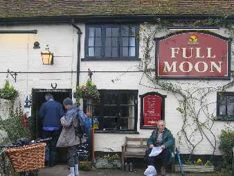 full moon pub